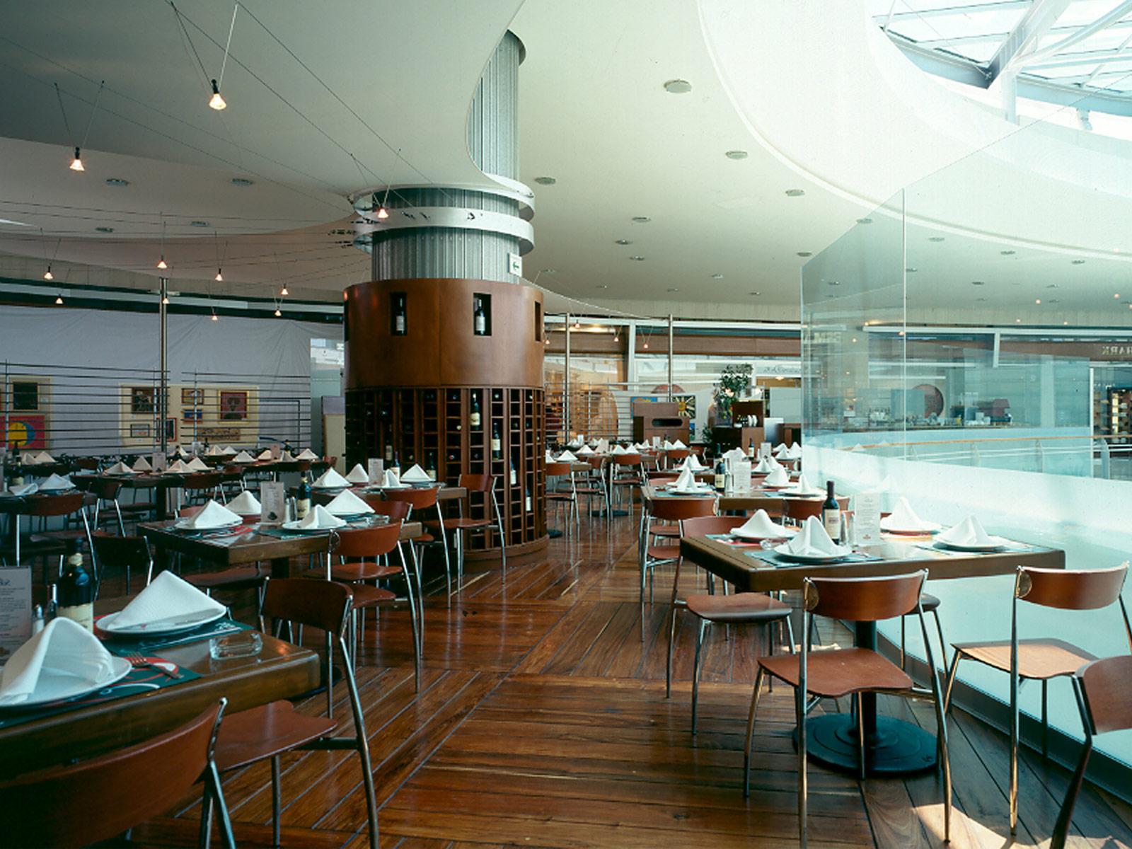 Grupo arquitech interiorismo restaurantes for Interiorismo restaurantes